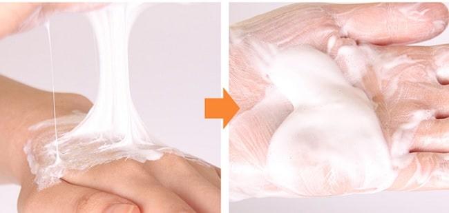 SKIN79 Natural Snail Mucus Foam Cleanser termék textúra